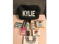 Kylie Jennner make up set