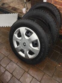 Trafic van steel wheels