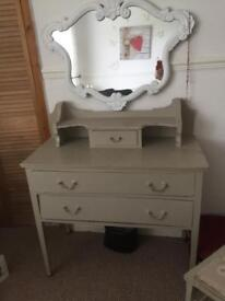 Dressing table and a set of 2 draws shabby chic