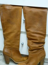 Women's tan Cowboy Boots