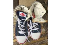 Ladies Lee Cooper trainers Size 4, like Converse