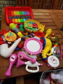 Toy instruments