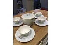 Designers Guild Watelet tea set - tea pot with four cups and saucers