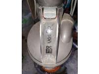Vacuum Dyson DC25 for parts