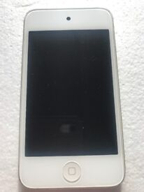 Excellent condition Apple iPod touch 4th Generation (Late 2011) White (32GB)