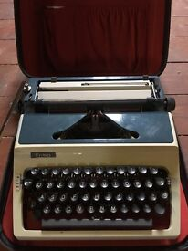 Erika Typewriter model 42