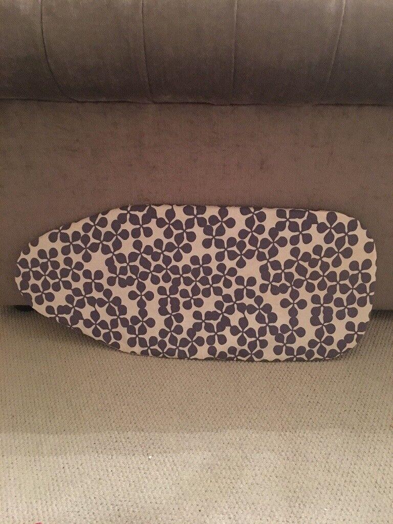 Mini hanging ironing board