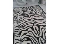Carpet 7feet x5feet + Off cut 4 feet by approx 7feet