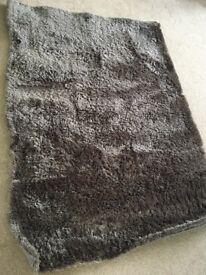 Brown glimmer rug