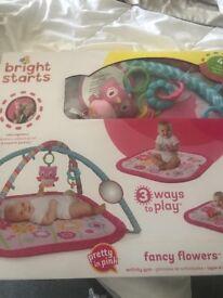 Baby girls playmat ** brand new ** 💕