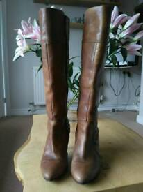 Ladies Next leather size 5 tan boots