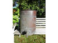 Copper water urn