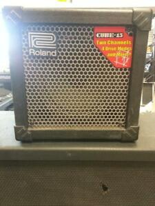 Roland Guitar Amp (104556) We sell Used Amps and musical equipment.