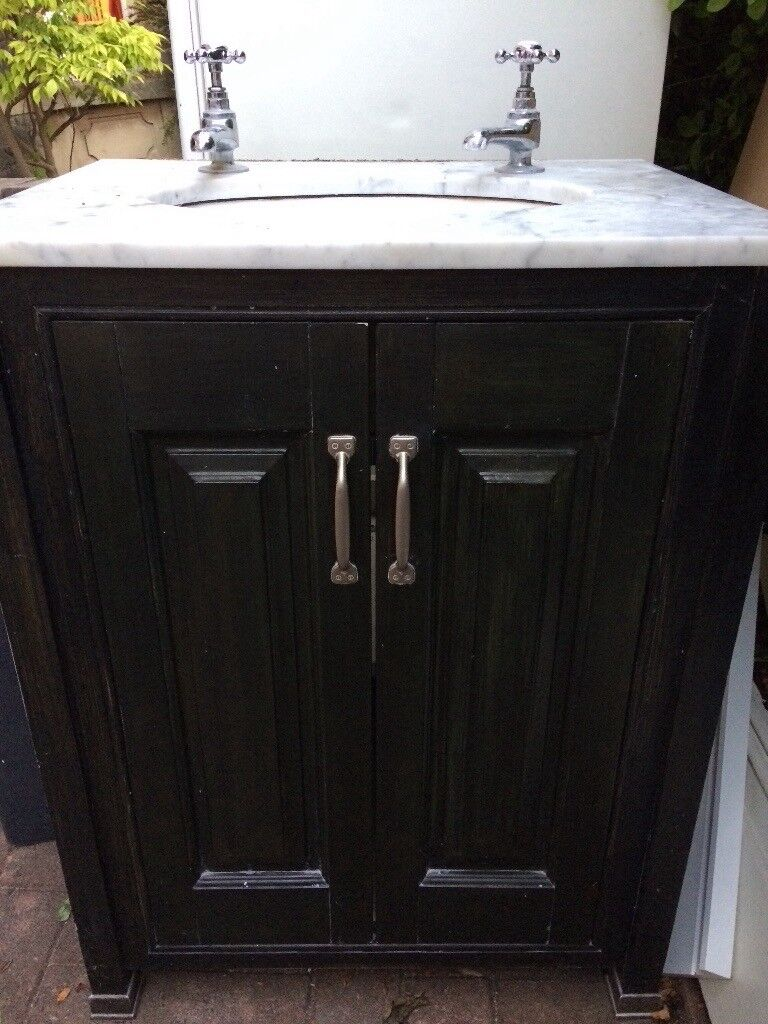 Bathroom Sink Vanity Unit With Marble Top And Burlington Taps