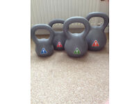 Set of 4 Kettlebells in good condition