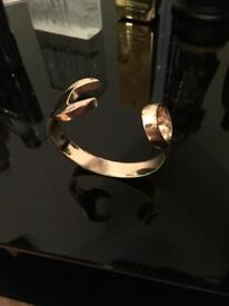 GOLD SPANNER BANGLE