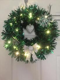CHRISTMAS & GRAVESIDE WREATHS