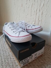 Size 11 white converse
