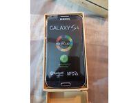 SAMSUNG GALAXY S4 black 16GB UNLOCKED BOXED UK MODEL1