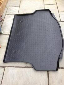 Protector for Toyota RAV4 Luggage Compartment