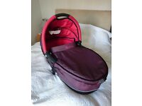 Quinny Foldable Carrycot (RED) £30 / MUST GO!
