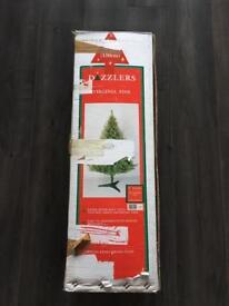 £5 - 5ft Virginia Pine - Green Artificial Christmas Tree