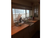 2 bed -- Old Town -- 750pcm