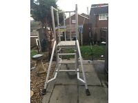 Ally scaffold podium. Excellent condition. Good price.