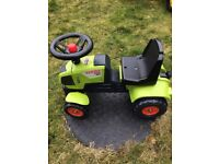 FALK Claas Axos 310 Tractor with Trailer Green 1/3