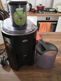 Braun J300 Juicer - Good as New! Sparingly used, save over 40 off new!