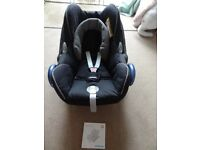 Maxicosi cabriofix baby car seat - use up to 12 months or 13 kg