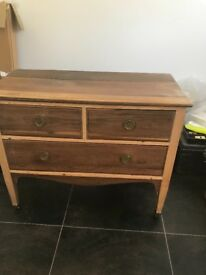 Vintage chest of drawers / side board