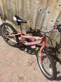 Girl's bike (7-9yrs)