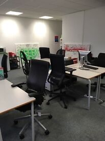 Desks to rent in modern shared office on Whitechapel Rd-£180pcm incl. broadband&meeting room access