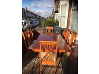 Lovely pine solid dining table with 6 lovely chairs