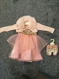 Little girl dress and shoes
