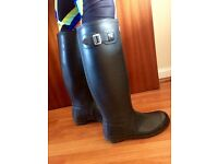 Navy Hunter Wellies Size 6
