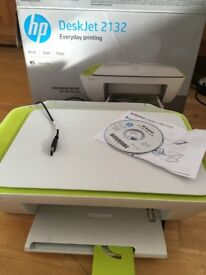 *LIKE NEW* HP Deskjet 2132 All in one Printer/photocopier/scanner