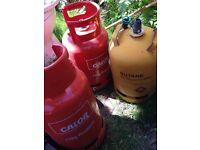 Gas bottles 1 full 11kg propane, 1 empty 11kg propane bottle , 1 empty 11.34kg Butane bottle