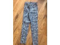 H&M patterned skinny jeans size 10
