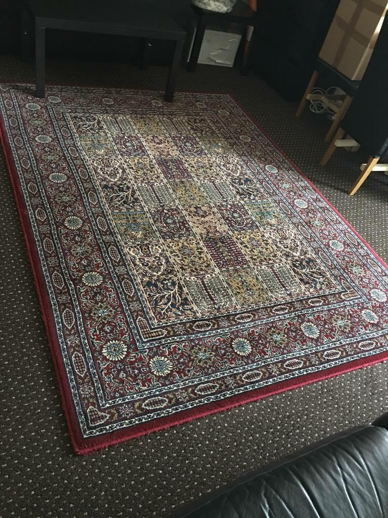 Living Room Rug Carpet Excellent Condition In East