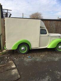 Morris 10 Van 1948