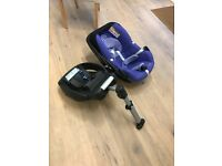 Easy base 2 and maxi Cosi car seat
