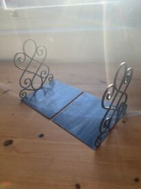 Heavy duty iron book ends