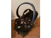 BeSafe izi car seat with Isofix base