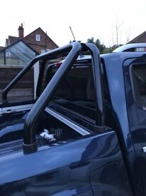 Nissan Navara np300 black roll bar