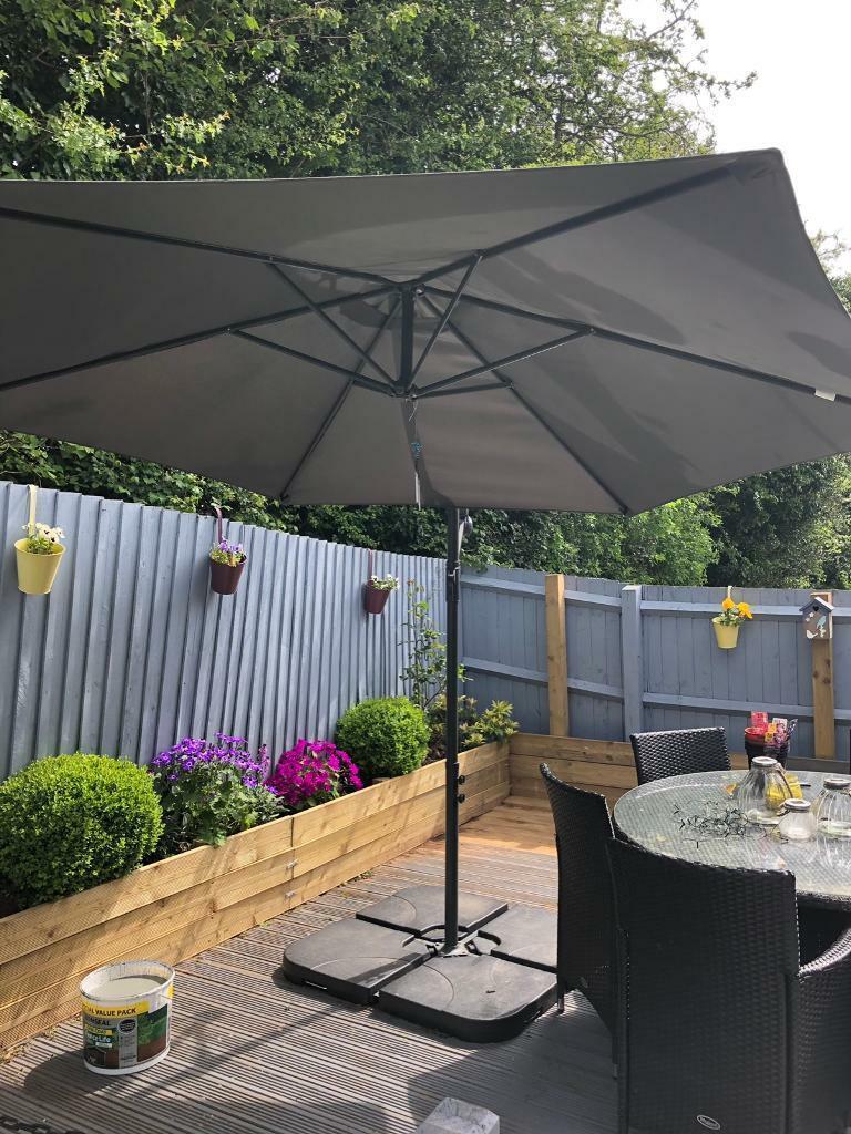 7dd862700 Parasol very big   in Pontprennau, Cardiff   Gumtree
