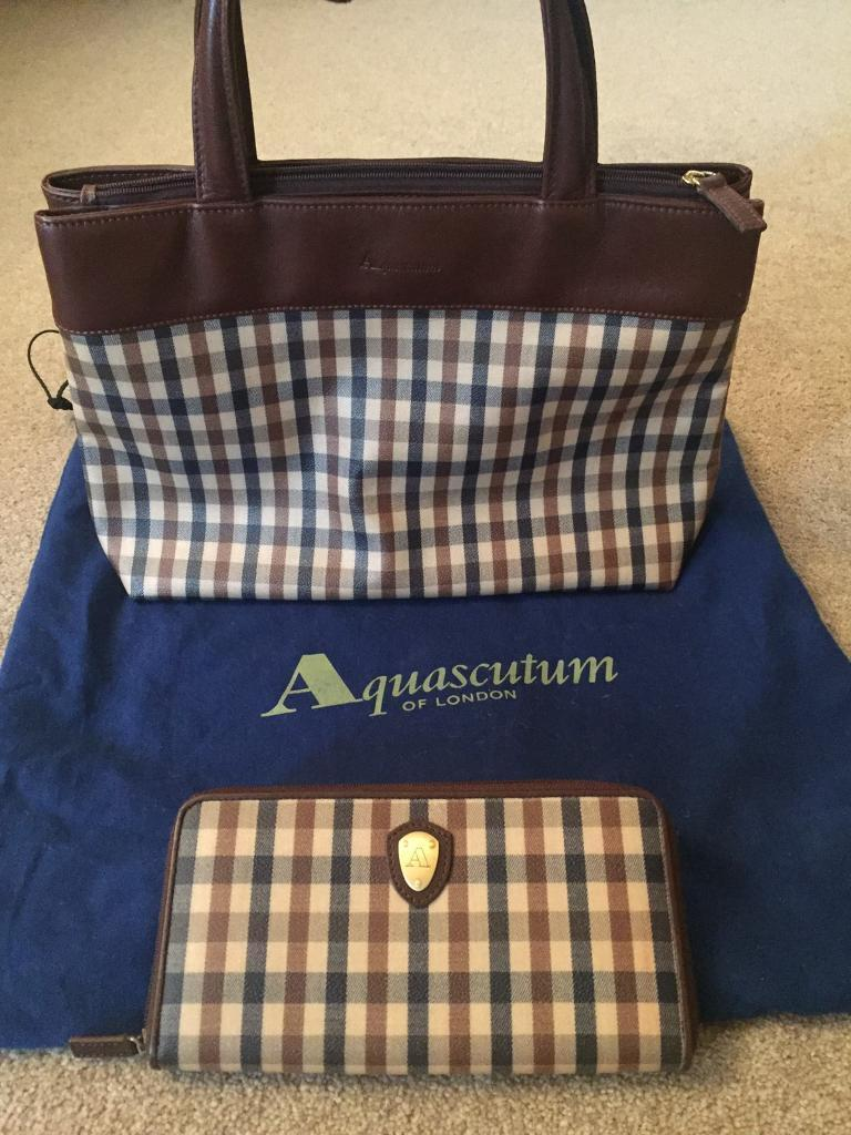 Designer Aquascutum Classic Check Tote Bag And Large Purse