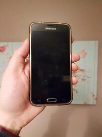Samsung smart phone boxed accessories