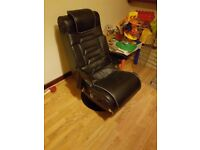 Gaming chair with great speakers, needs to go soon